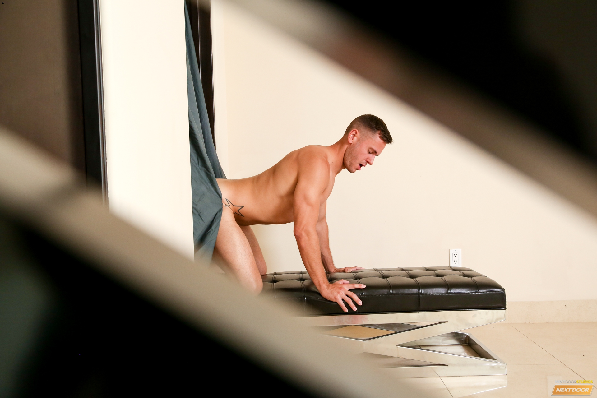 Fantasy : Gloryholes, a Thing of the Past?
